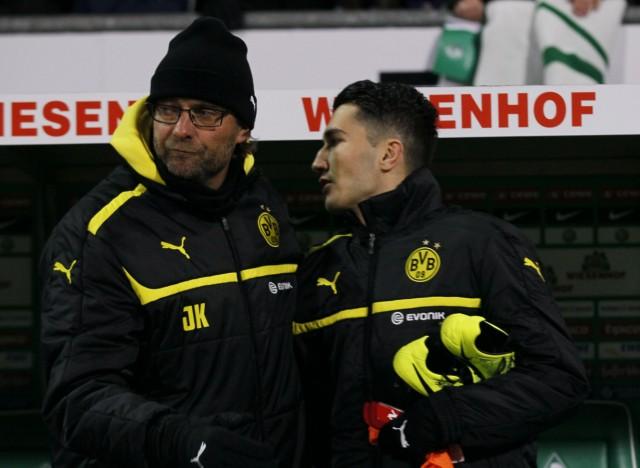 Borussia Dortmund coach Klopp welcomes Sahin before German Bundesliga first division soccer match against Werder Bremen in Bremen