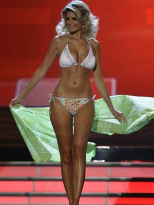 Iveta Lutovska, Miss Czech Republic, AP