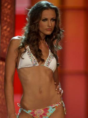 Miss Albania, Hasna Xhukici, AP