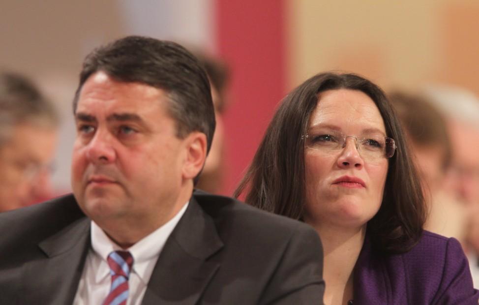 SPD-Politiker Sigmar Gabriel und Andrea Nahles 2011 in Berlin