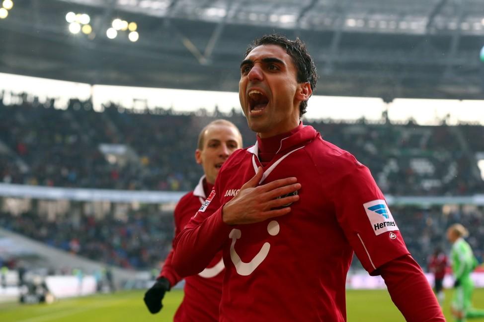 Hannover 96 v VfL Wolfsburg - Bundesliga
