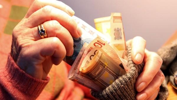 Altersvorsorge Rente Sparen Sparstrumpf Rentenalter