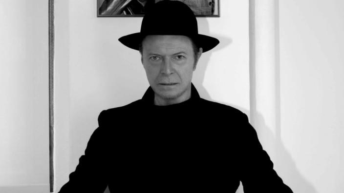 Bowie überrascht mit Online-Coup
