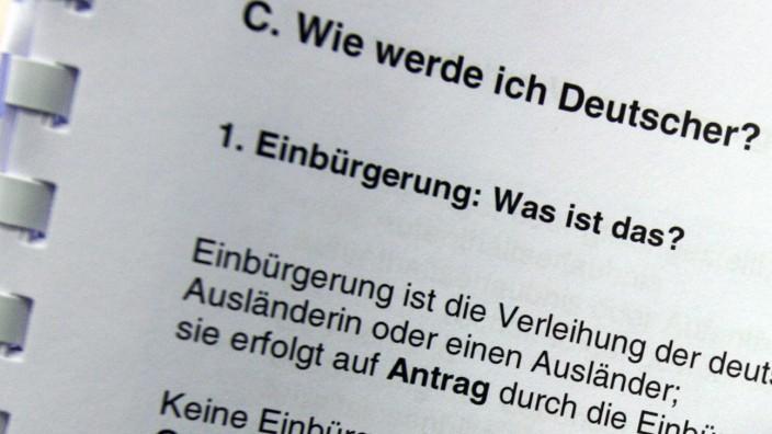 Einbürgerungs-Fragebogen