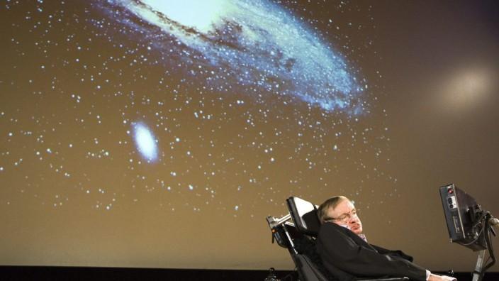 Stephen Hawking hält Vortrag an der Uni Genf