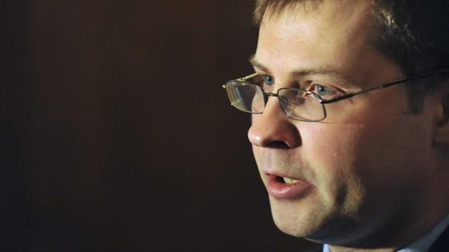 LATVIA-VOTE-CANDIDATES