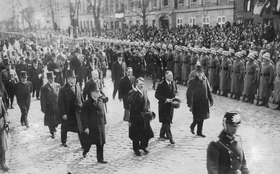 Hitler, von Papen und Goebbels am Tag von Potsdam, 1933  | Hitler, von Papen and Goebbels on the Day of Potsdam, 1933