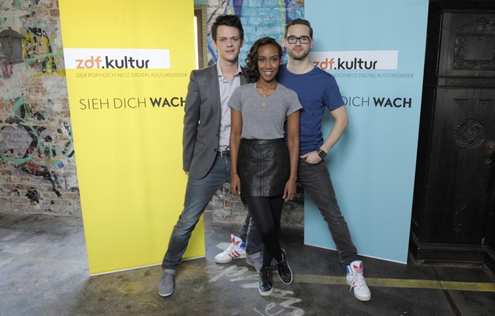 ZDFkultur Der Marker Jo Schueck (l.), Hadnet Tesfai und Rainer Maria Jilg