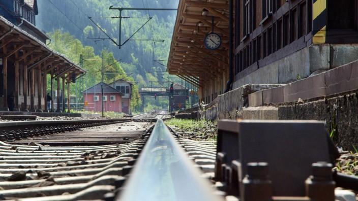Deutsche Bahn erhält 500 Millionen Euro für Modernisierung von Bahnhöfen und Sanierung von Brücken