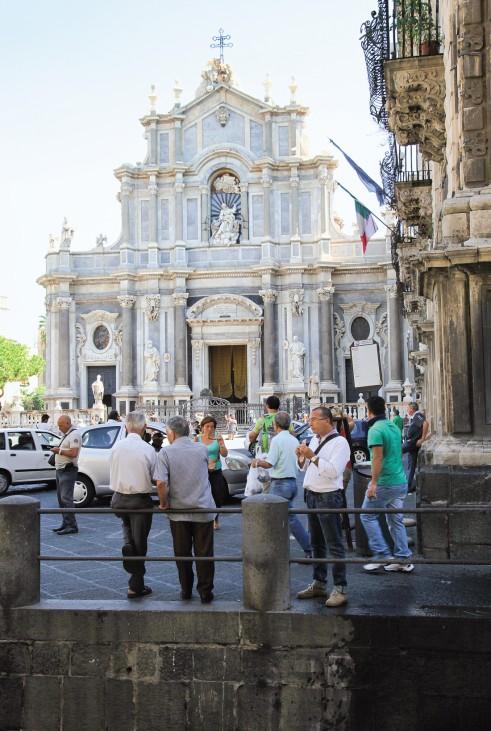 "Catania ""Eine perfekte Woche ..."" Sizilien Piazza Duomo"