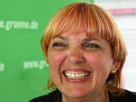 Claudia Roth, AP