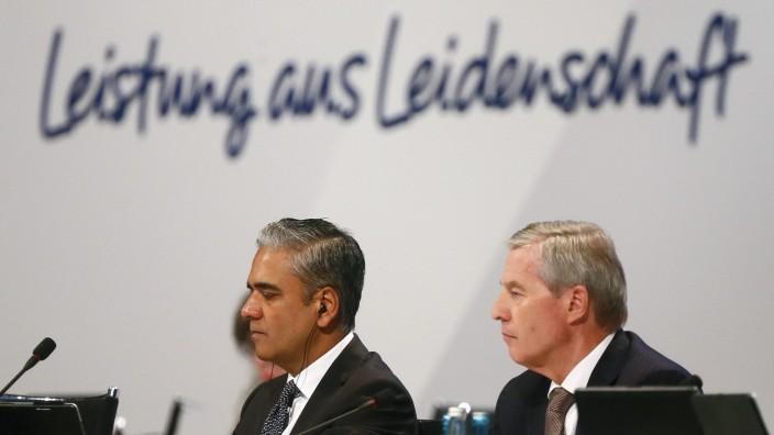 Jain und Fitschen, die beiden CEOs der Deutsche Bank AG bei der Hauptversammlung