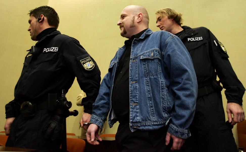 Prozess gegen Neonazi Martin Wiese in München, 2004