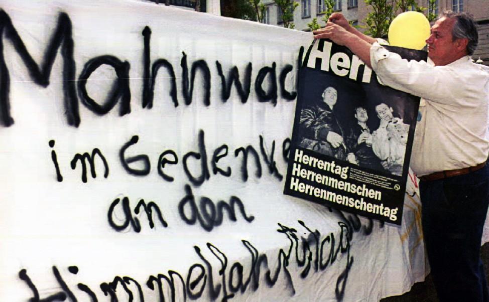 HIMMELFAHRT/AUSLÄNDER/