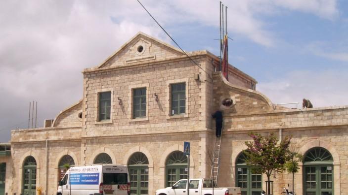 Jerusalem alter Bahnhof Kunst