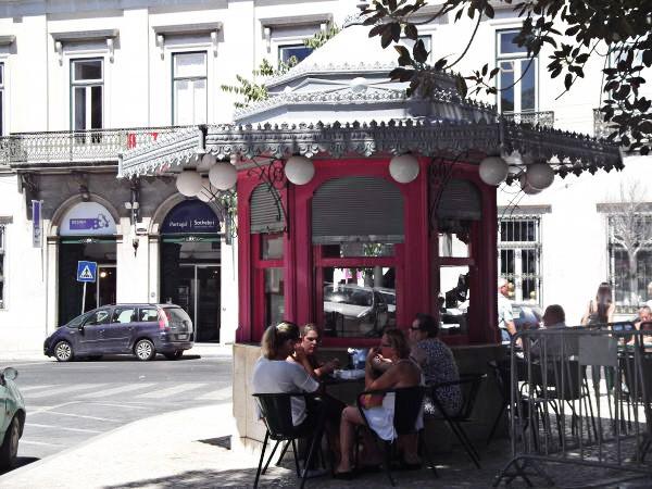 Reisetipps Städtereise Erfrischungskiosk Portugal Lissabon Kiosk