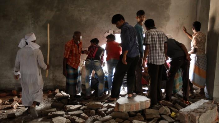 Bangladesch Haus eingestürzt