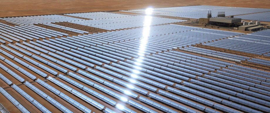 Weltgrößtes Solarkraftwerk in Abu Dhabi - bis Desertec