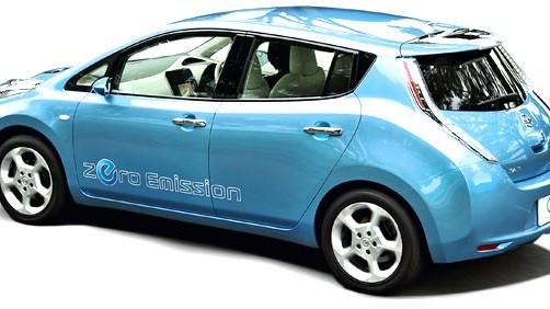 Nissan Leaf: Watt ihr Volt: Mit dem Leaf hat Nissan ein reines Elektroauto auf die Räder gestellt.
