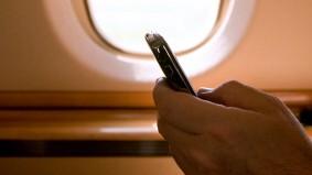 Handy Flieger Telefonieren Flugzeug