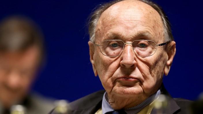 Ex-Außenminister Hans-Dietrich Genscher wirbt für Regime wie Aserbaidschan und wird für Menschenrechtler der FDP zum Problem