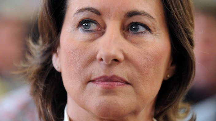 Segolene Royal defeated in French election