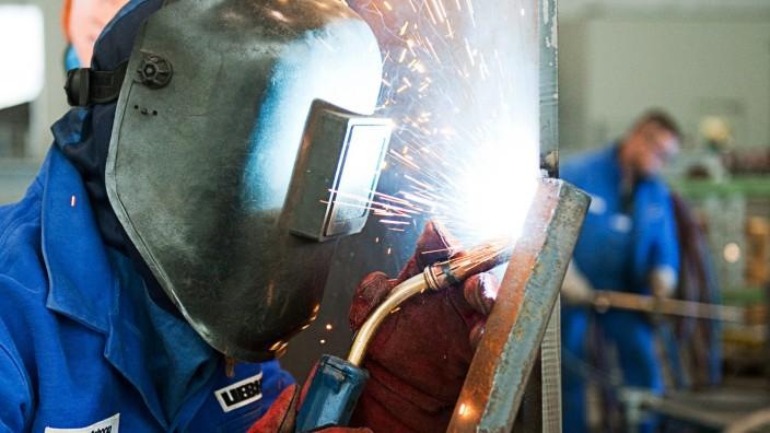 Lehrlinge in der Metallbranche