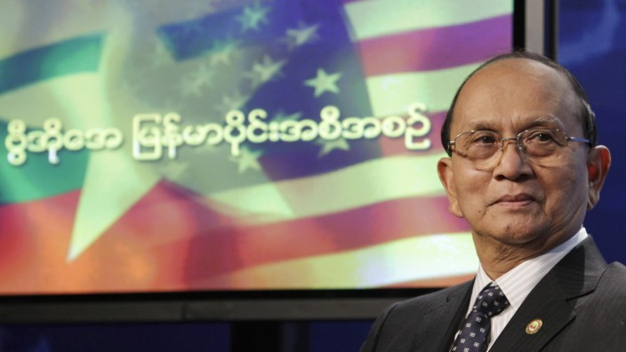 Myanmar President Thein Sein attends a town hall event at the Voice of America in Washington