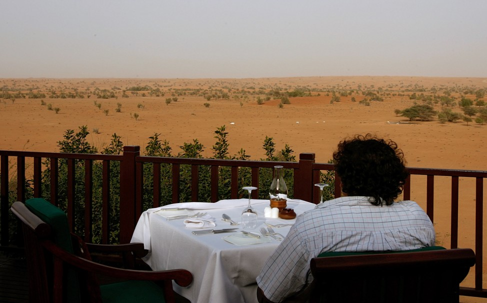 Restaurant Vereinigte Arabische Emirate Wüste