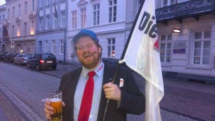"""Bastian Langbehn, """"Die Partei"""", Lübeck"""