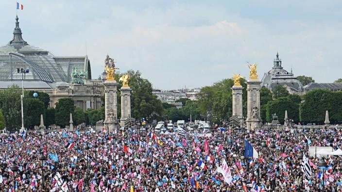 Gleichgeschlechtliche Ehe in Frankreich: Massendemonstrationen gegen die gleichgeschlechtliche Ehe in Paris
