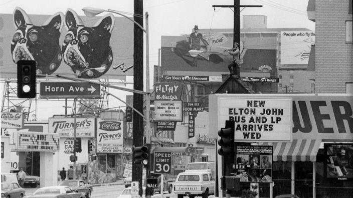 Tower Records, Sunset Strip, Los Angeles, CA, 1973 Julian Wasser Getty Architecture