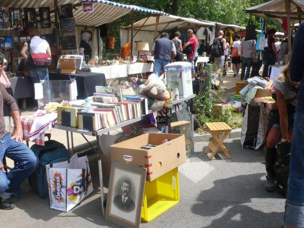 Spotted by Locals Berlin Deutschland Städtereise Städtetipps Reisetipps Nowkölln Flohmarkt
