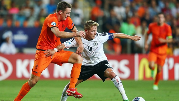 Netherlands v Germany - UEFA European U21 Championships: Group B