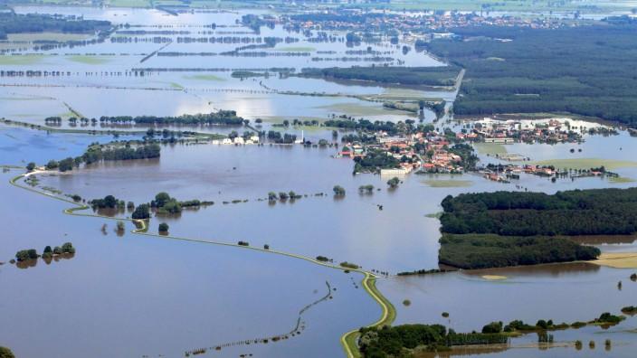 Hochwasser in Sachsen-Anhalt - Fischbeck - Schönhausen