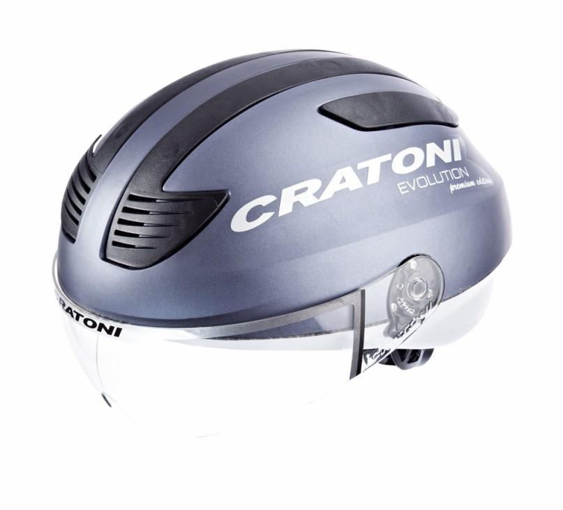 Dieser Helm ist was für schnelle E-Bike-Fahrer. Mit einem Klappvisier schützt der Cratoni Evolution die Augen vor kleinen Fliegen. In Testberichten wird auch der gute Verschluss und das LED-Licht am H