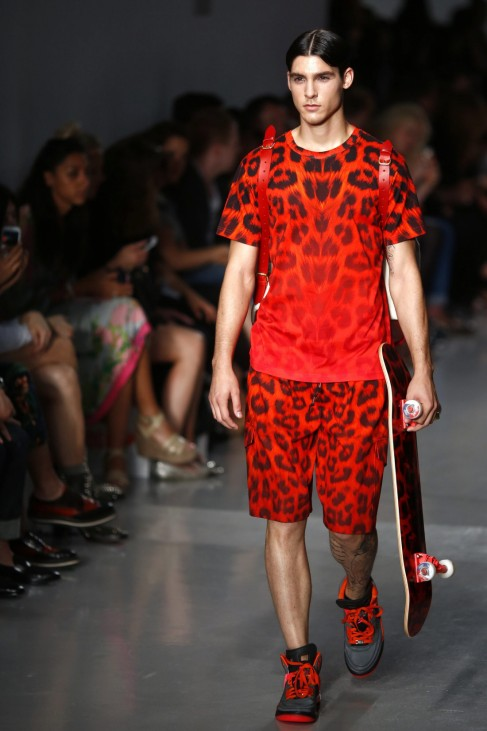 Katie Eary - Runway - London Fashion Week Men's Collections S/S 2