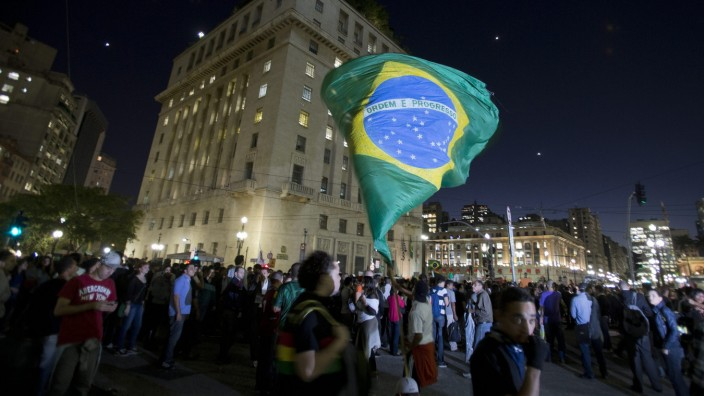 Tausende protestieren in São Paulo