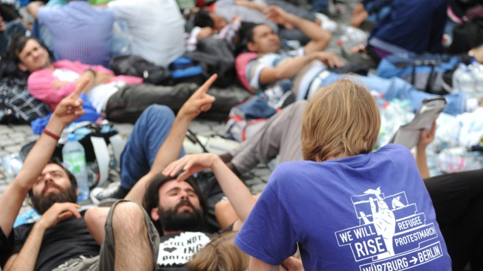 Demonstration am Rindermarkt: Flüchtlinge und Unterstützer protestieren gegen die Flüchtlingspolitik der Staatsregierung.