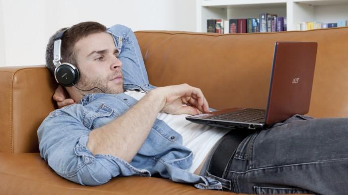 Studieren im virtuellen Hörsaal: Online-Seminare werden populärer