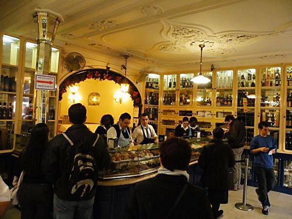 Lissabon Spotted by Locals Fábrica Pastéis de Belém Bäckerei Feinkostladen