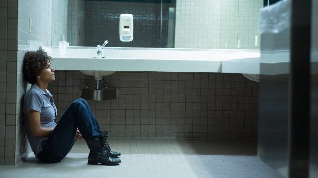 "Szene aus ""The Call - Leg nicht auf"" mit Polizistin Jordan (Halle Berry)"