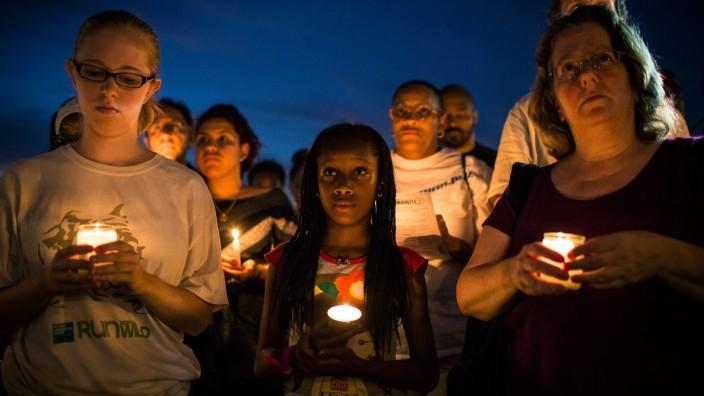 Harlem Holds Vigil For Trayvon Martin