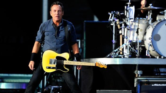 Bruce Springsteen beim Hard Rock Calling 2013 - Day 2