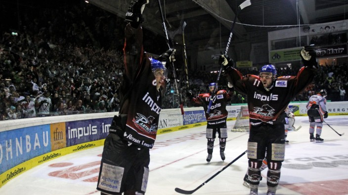 Augsburger Panther v Grizzly Adams Wolfsburg - DEL Play-Offs