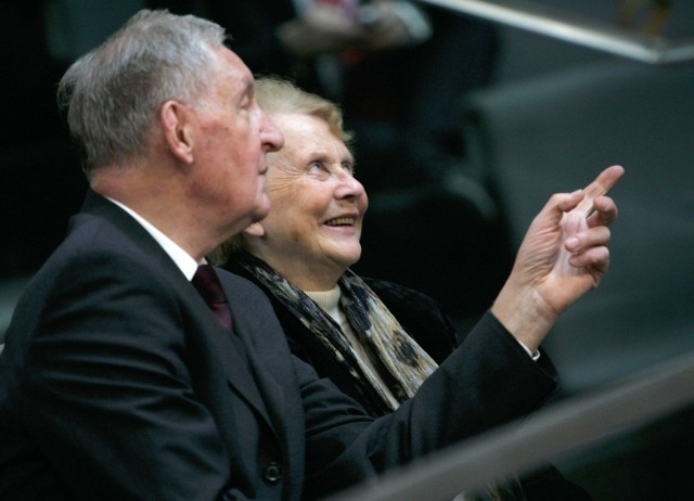 The father Horst Kasner and mother Herlind Kasner of German Chancellor-elect Merkel react during a parliamentary meeting in Berlin