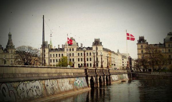 Spotted by Locals Kopenhagen Dänemark Königin-Luise-Brücke Städtereise Städtetrip