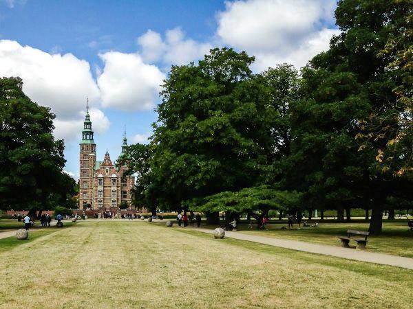 Spotted by Locals Kopenhagen Dänemark Kongens Have Städtereise Städtetrip
