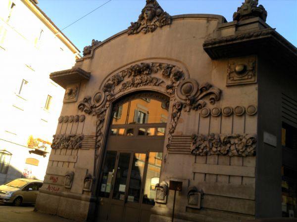 Spotted by Locals Mailand Italien Städtereise Städtetrip Biblioteca Porta Venezia Bibliothek