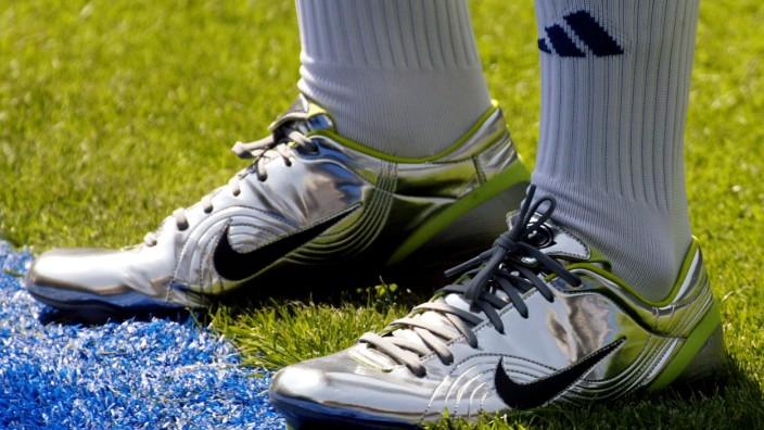 BOOTS OF REAL MADRID'S NEW BRAZILIAN STAR RONALDO DURING PRESENTATION IN MADRID